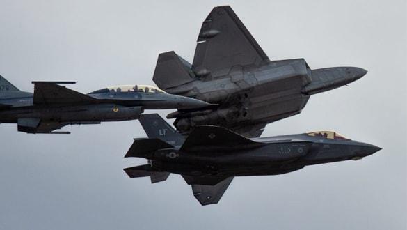 ABD Hava Kuvvetleri, F-22 ve F-35 uçakları arasındaki veri bağlantısını test edecek