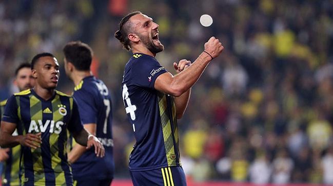 Vedat Muriqi atıyor Fenerbahçe kazanıyor!