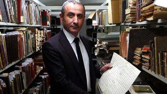 Murat Bardakçı'dan çok sert tepki! En başarılı kütüphane müdürü görevden alındı
