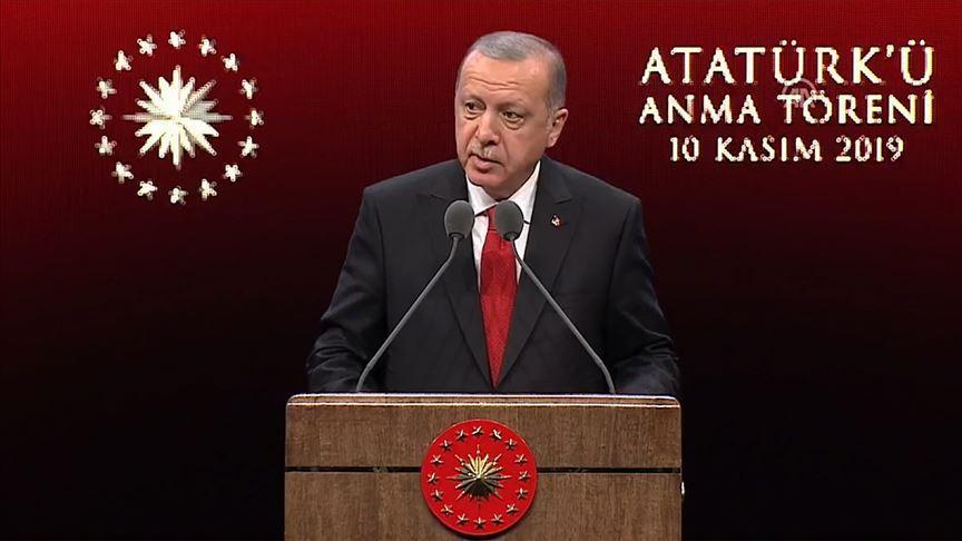 Başkan Erdoğan'dan, Atatürk maskesi takanlara tepki: Husumetlerini gizlemeye çalışıyorlar