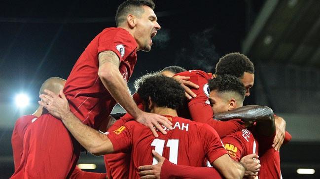 Liverpool sahasında Manchester City'yi 3-1'le geçip puan farkını 9'a çıkardı