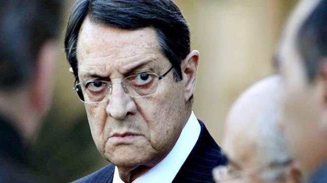 Rum lider Anastasiadis'ten haddini aşan öneri: 10 bin Türk askeri çekilsin