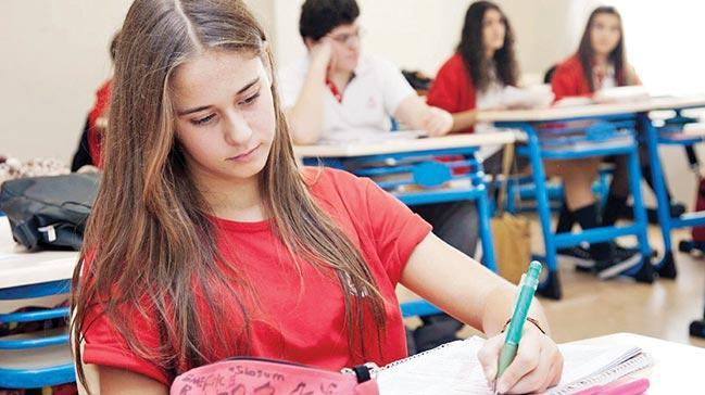 e-Okul sistemi yenilendi, veliye 'bildirim' gidecek