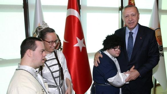 Başkan Erdoğan engellilerle bir araya geldi