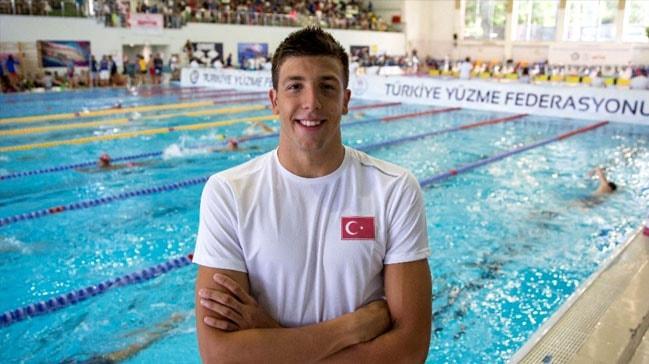 Milli yüzücü Emre Sakçı'dan önemli başarı