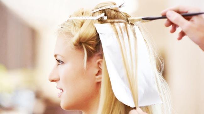 Saç boyamakmeme kanseri riskini artırıyor