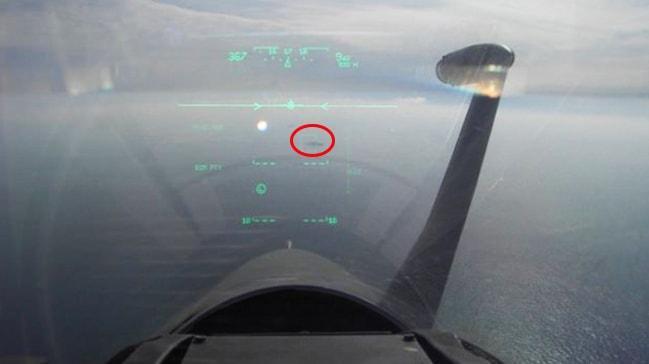 Yunan pilot, 'Türkler bu dilden anlar' deyip Türk gemisini hedefe kilitledi