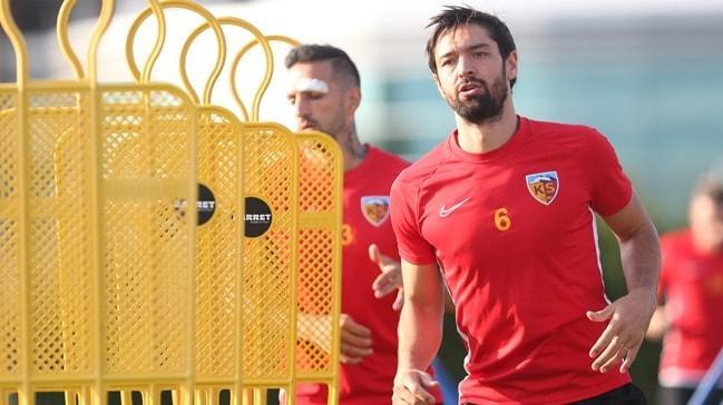 Kayserispor'da Benoit Poulain'in sözleşmesi karşılıklı olarak feshedildi