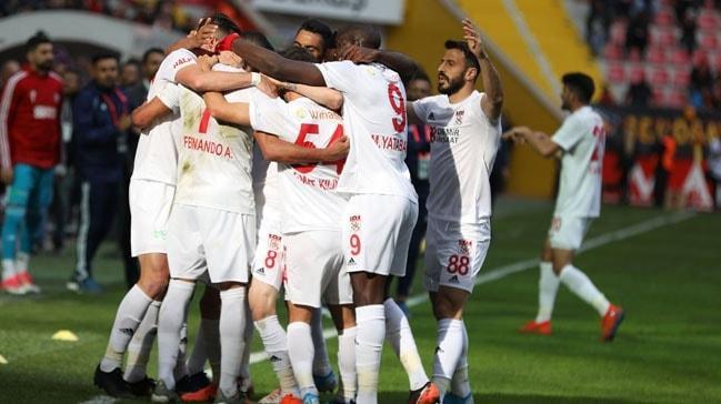 Alanyasporlu Efecan: 'Sivasspor liderse VAR'ın da etkisi var'