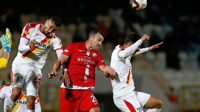 Gol yağmuruna dönüşen karşılaşmada Antalyaspor galip