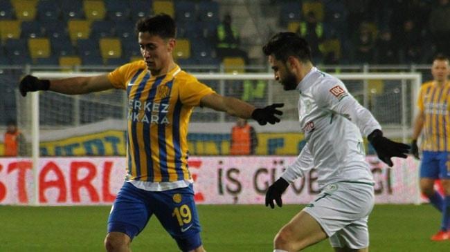 Konyaspor, uzatmada bulduğu golle Ankaragücü'nü mağlup etmeyi başardı