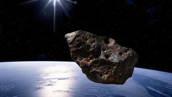 200 metre çapındaki göktaşı Dünya'yı teğet geçecek