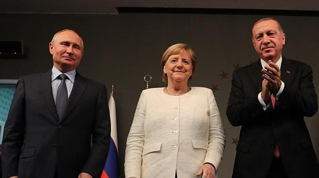 Libya'da barış için 11 ülke Berlin'de