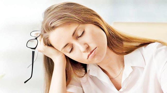 Yetersiz uyku Alzheimera zemin hazırlıyor!