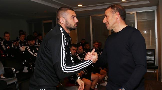 Abdullah Avcı Beşiktaşlı futbolcularla vedalaştı