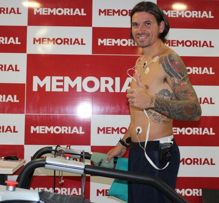 Antalyaspor, Ersan Gülüm'ü sağlık kontrolünden geçirdi