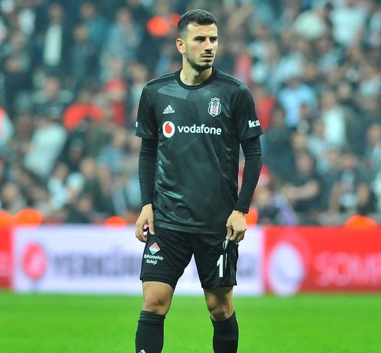 Süper Lig devinde beklenmedik ayrılık