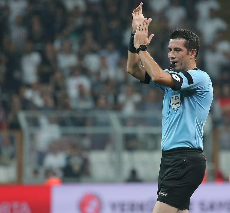Trabzonspor-Fenerbahçe maçında Ali Palabıyık düdük çalacak