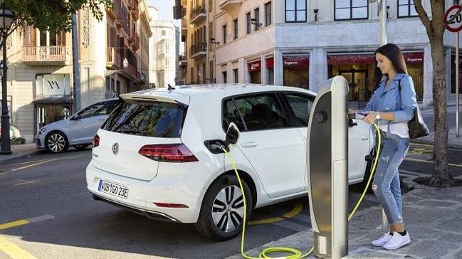 Benzin ve dizeli elektrik çarpacak