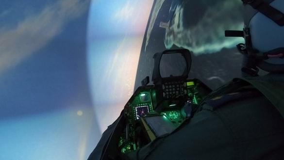 Türk pilotlar yerli F-16 simülatörü ile her senaryoya hazır!