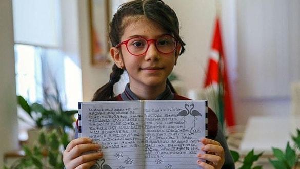 İzmirli Elanur matematikte dünya birincisi oldu! Sosyal medyaya damgasını vurdu