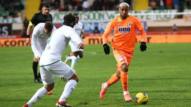 Fenerbahçe Welinton'u yaz transferinde bitirmeyi hedefliyor