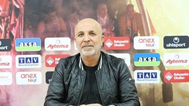 Hasan Çavuşoğlu: Pikniğe gitmeyin, maça gelin
