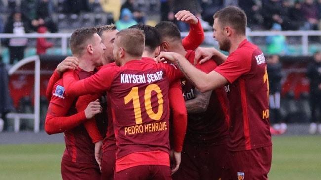 Kayserispor deplasmanda Denizlispor'u 1-0 mağlup ederek ligde 7 hafta sonra kazandı