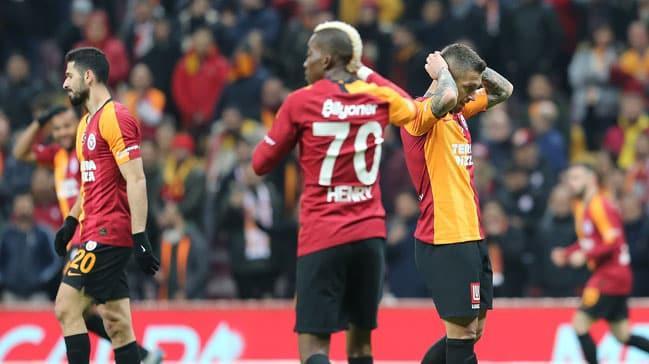 Galatasaray'da kırmızı kart tepkisi!
