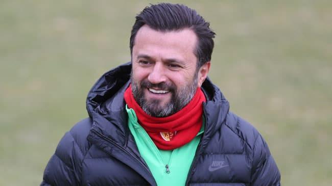 Mehmet Özdilek ile yollarını ayıran Yukatel Denizlispor, Bülent Uygun ile anlaştı