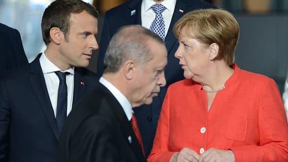 Başkan Erdoğan'dan Macron ve Merkel'e çok kritik mesajlar