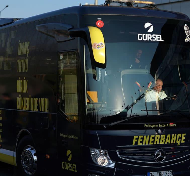VİDEO! Takım otobüsüne saldırı