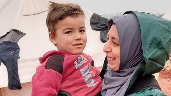 İdlib'in gözyaşları... 'İki yıldır beni kimse öpmemişti'