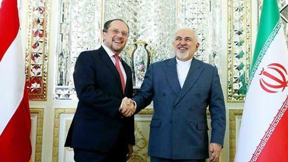 İran Dışişleri Bakanı, koronavirüsü tiye aldı!