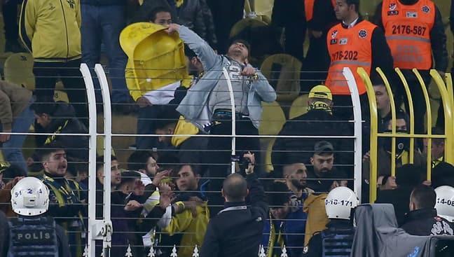 Fenerbahçe-Galatasaray derbisinde 57 taraftara 6222'den işlem yapıldı