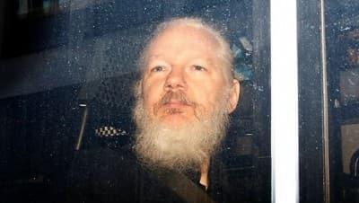 ABD'nin kirli geçmişini ortaya çıkaran, Wikileaks'in kurucusu Assange'ın iade davası başlıyor