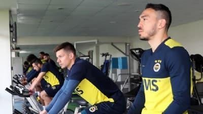 Fenerbahçe'nin idman haberinde dikkat çeken Ersun Yanal detayı