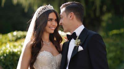 Mesut Özil ile Amine Gülşe'nin bebeğinin cinsiyeti belli oldu