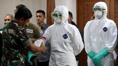 Endonezya'daki Çinli turistler, Kovid-19 endişesiyle vizelerini uzattı