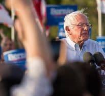 ABD'li senatör Sanders'ten 'Orta Doğu barışı' mesajı