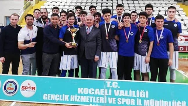 Kocaeli'de şampiyon Kağıtspor