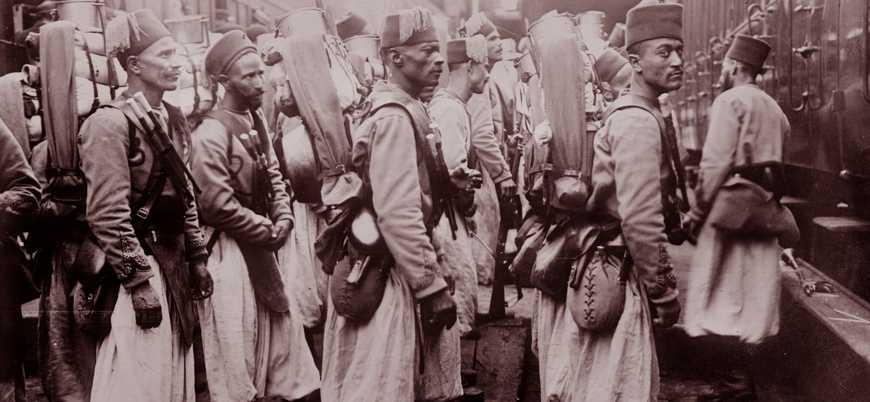 Kendilerini bile bile yaradılar! Türklerle savaşmak istemeyen alay...
