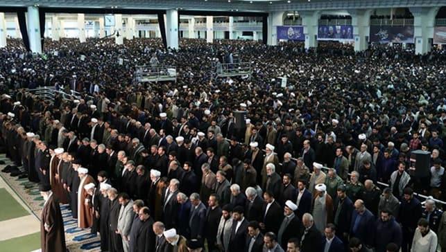 İran'ın başkenti Tahran'da yarın cuma namazı kılınmayacak