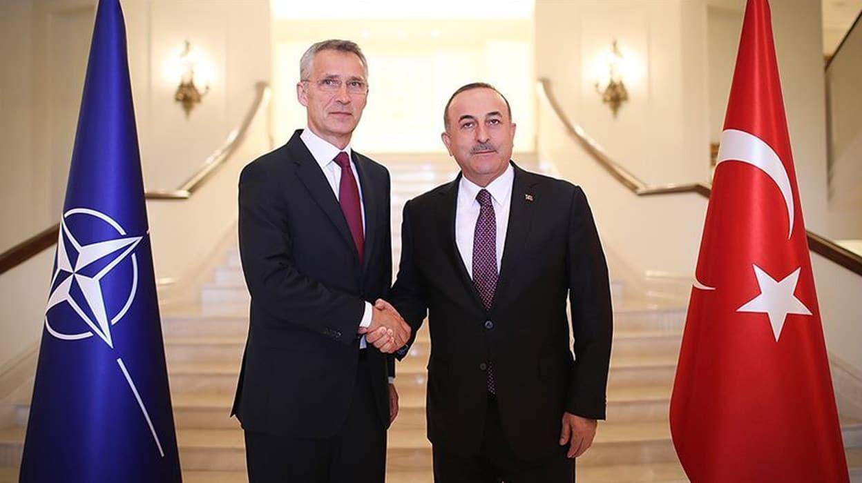 Bakan Çavuşoğlu'nun diplomasi trafiği