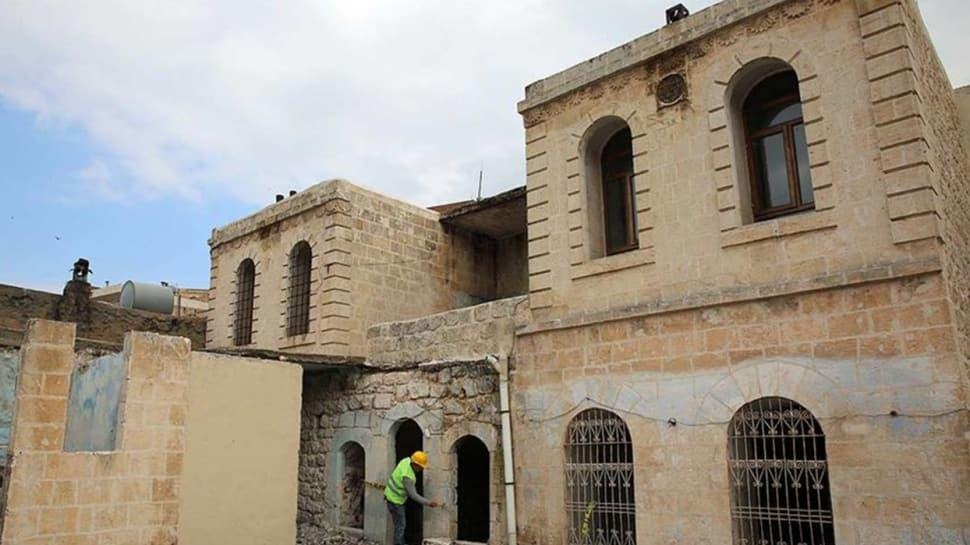 Prof. Dr. Aziz Sancar'ın evinin müzeye dönüştürülmesi çalışmaları sürüyor...