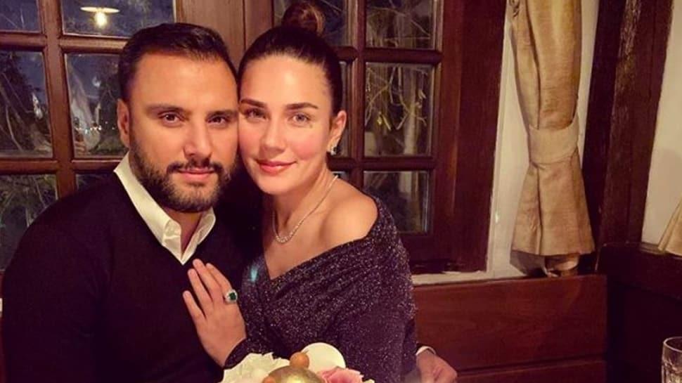 Alişan'dan eşi Buse-Varol'a: İlk buluşmamızda söylemiştim sana, çok güzel şeyler hissediyorum diye...