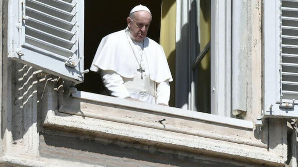 Papa ile aynı konutta ikamet eden rahibe koronavirüs teşhisi konuldu