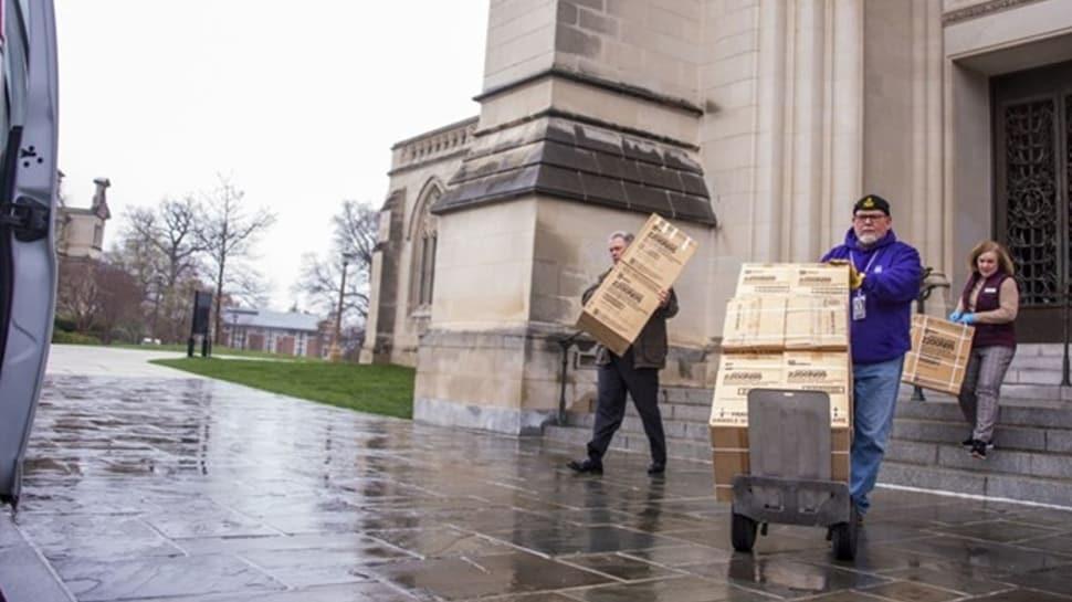 ABD'ye maske piyangosu: Ünlü katedralin mahzeninden çıktı