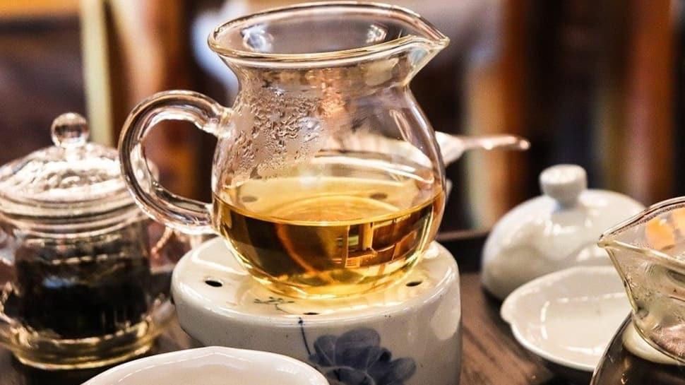 Boğaz ağrısına iyi gelen 5 bitki çayı