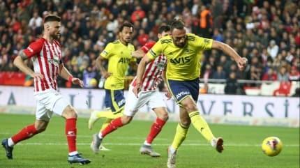 Süper Lig'de ofsayt rekoru Fenerbahçe'de